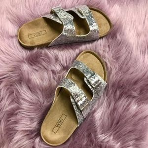 Trendy Glitter buckle sandles brand new sandals